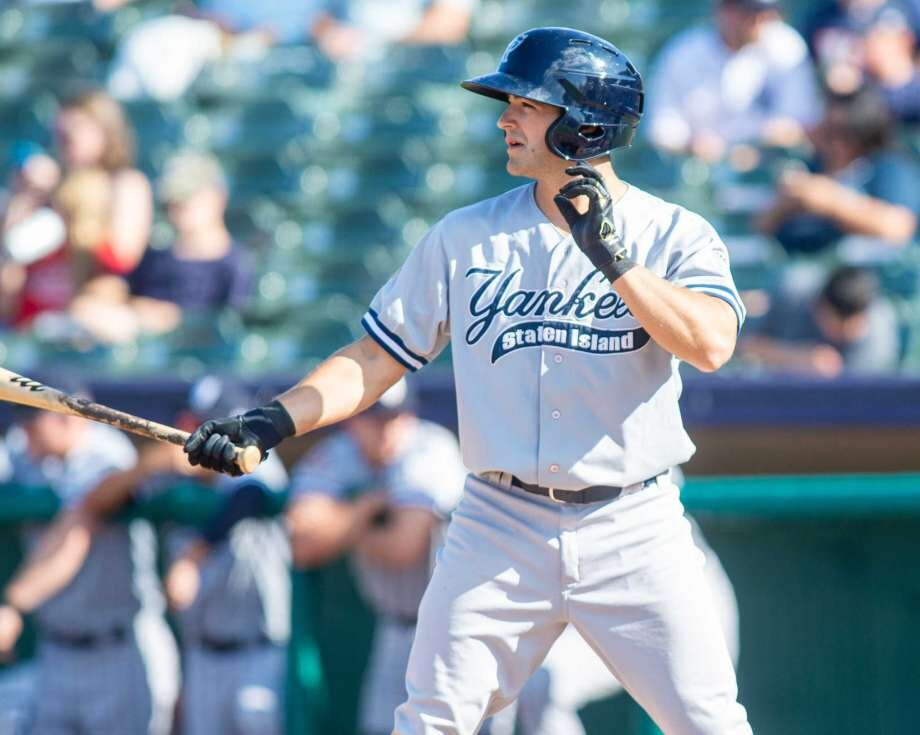 His spring training cut short with the Yankees, Josh Smith heads home to  Baton Rouge